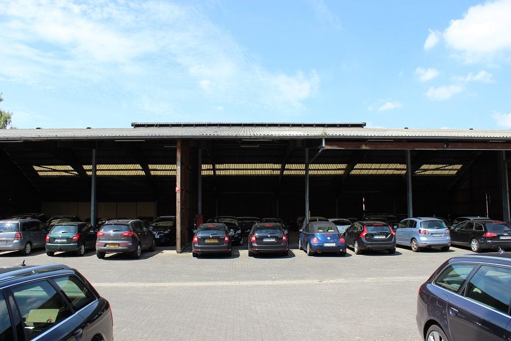 Parkplatz Düsseldorf Flughafen Günstig : g nstig parken am flughafen in d sseldorf parken flughafen d sseldorf parken flughafen d sseldorf ~ Aude.kayakingforconservation.com Haus und Dekorationen